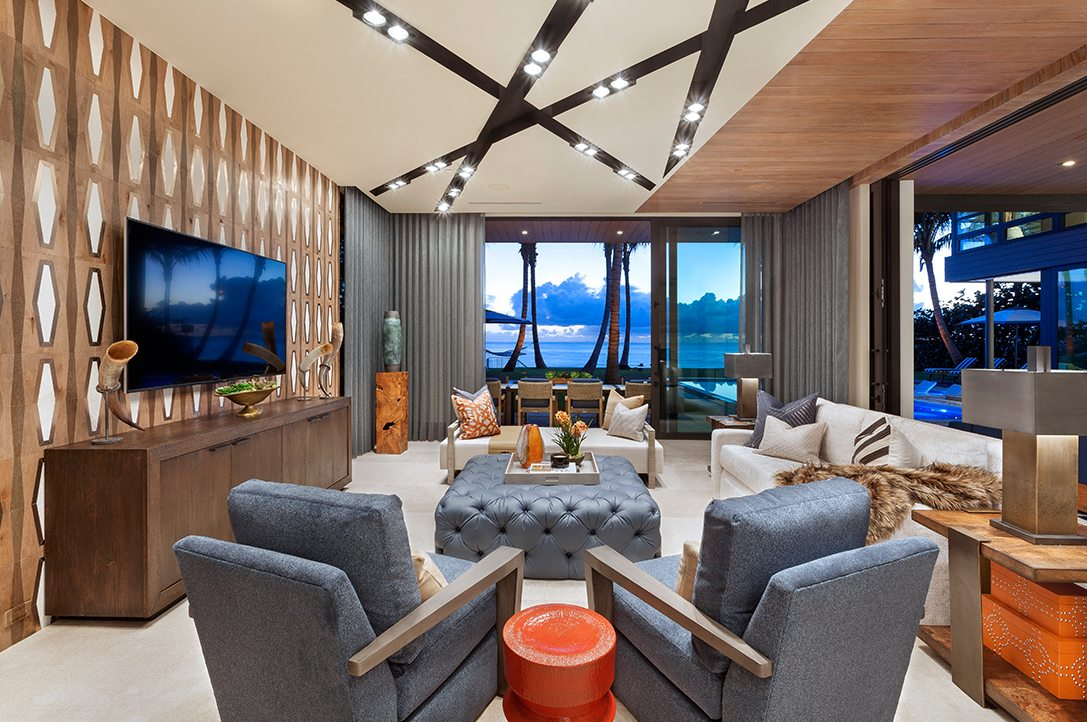 Marc Thee's 6 Ocean Modern Club Room