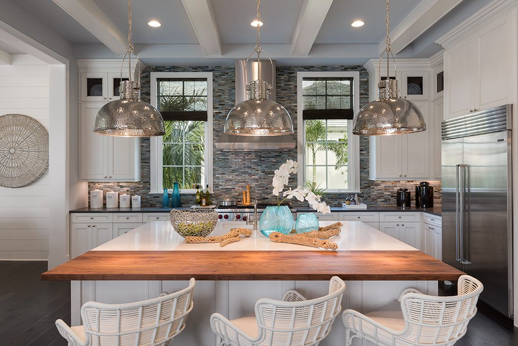 casually colonial design kitchen