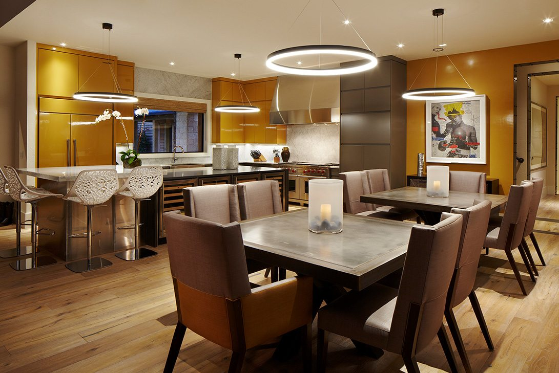 Contemporary Design Ranch Pine Creek Sporting Club Dining Area